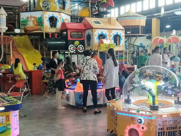 童年悠悠兒童主題樂園招商加盟案例考拉城堡兒童主題樂園