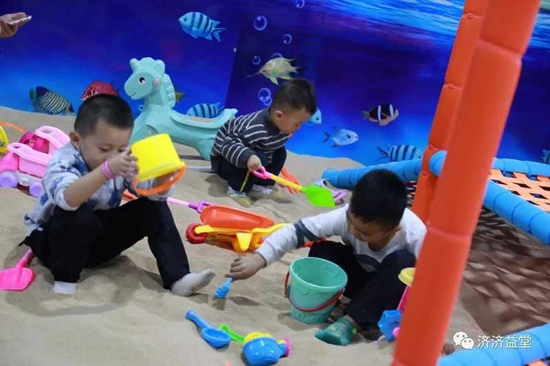 儿童淘气堡沙滩寻宝